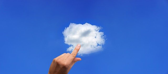 5 reasons why your business should implement a cloud-based CRM.jpg